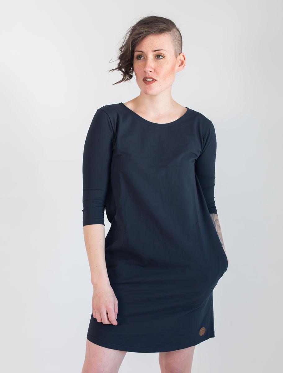 BLAA Halla naisten mekko Caviar 3 4 hihat M 9e92842756